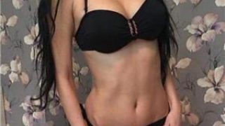 Escorte sex anal: Bruneta 19 ani
